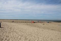 Der Strand in Breskens ist ca 100 - 200 Meter breit