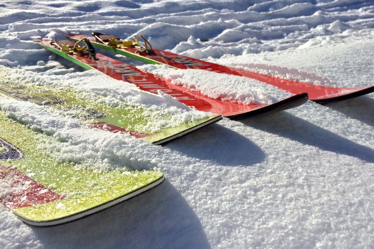 Bild von Skisprungskiern