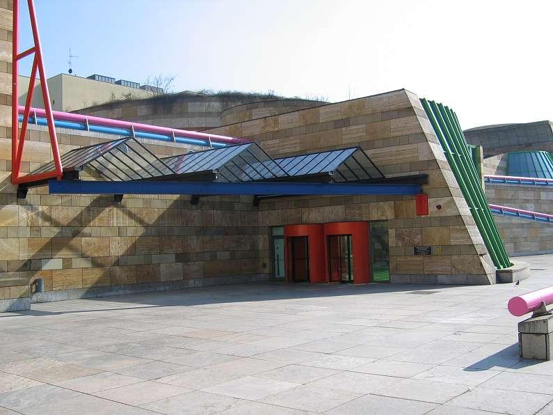 Der Eingang zur Staatsgalerie in Stuttgart