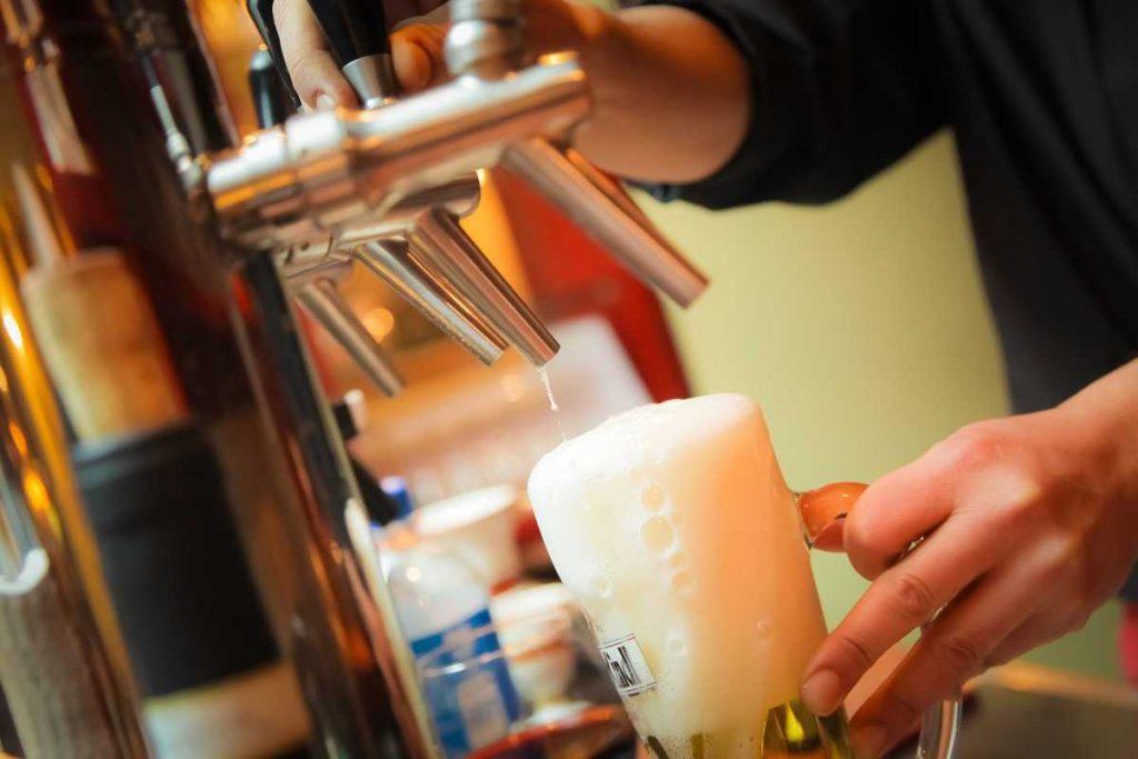 """Auf ein Bier: Es muss nicht """"bar jeder Vernunft"""" sein"""