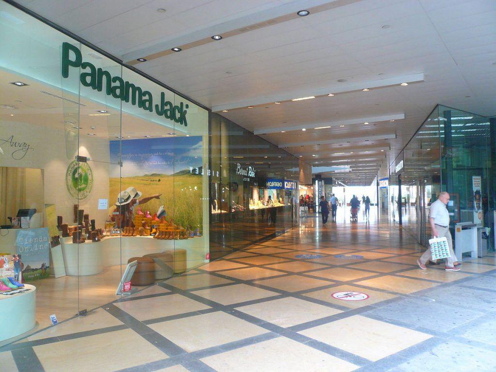Shopping im L'Ila Diagonal