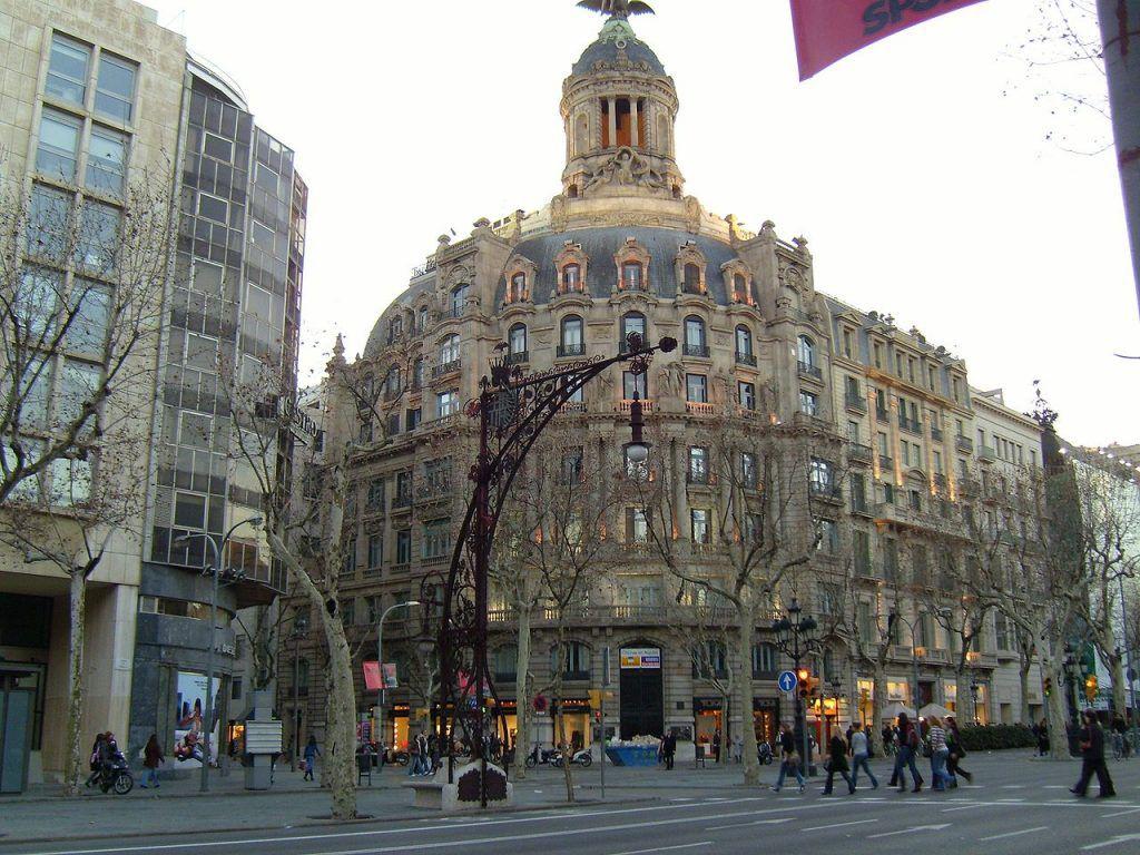 Barcelona Eingang zum Passeig Gracia
