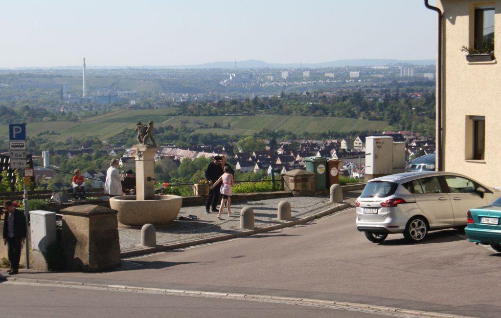Blick vom Rotenberg hinunter auf dei Stadt Stuttgart