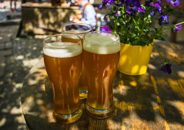 Biergarten Stuttgart groß