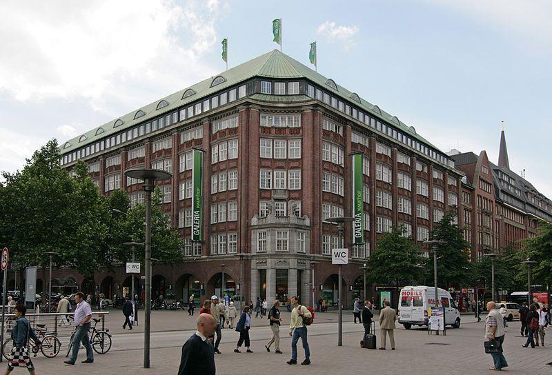 Einkaufen in Hamburg - in der Mönckebergstrasse