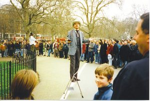 Bizarre: Speaker at Speakers Corner in Hyde Park