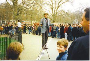 Skuril: Redner am Speakers Corner im Hyde Park