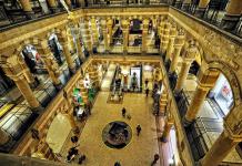 Shopping mit Flair: Das Magna Plaza
