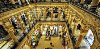 Shopping mit Flair: Das Magna Plaza