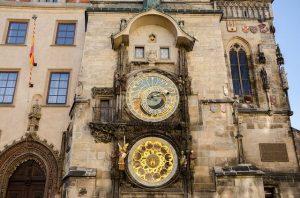 Altstädter Rathaus in Prag mit astronomischer Uhr