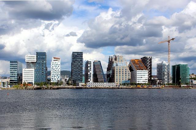 Hochhäuser in Oslo, Barcode genannt.